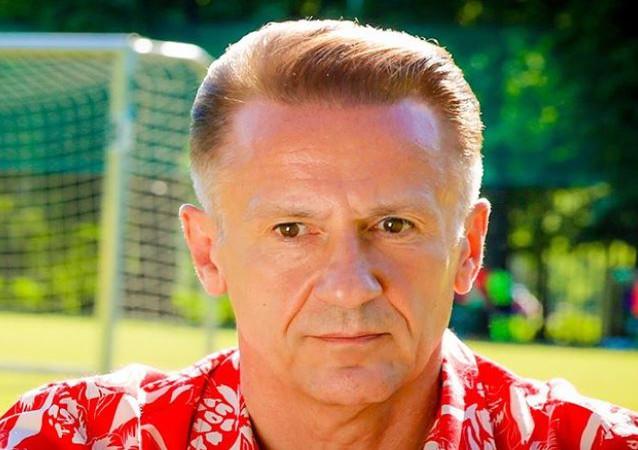 Олег Меньшиков - советский и российский актёр театра и кино