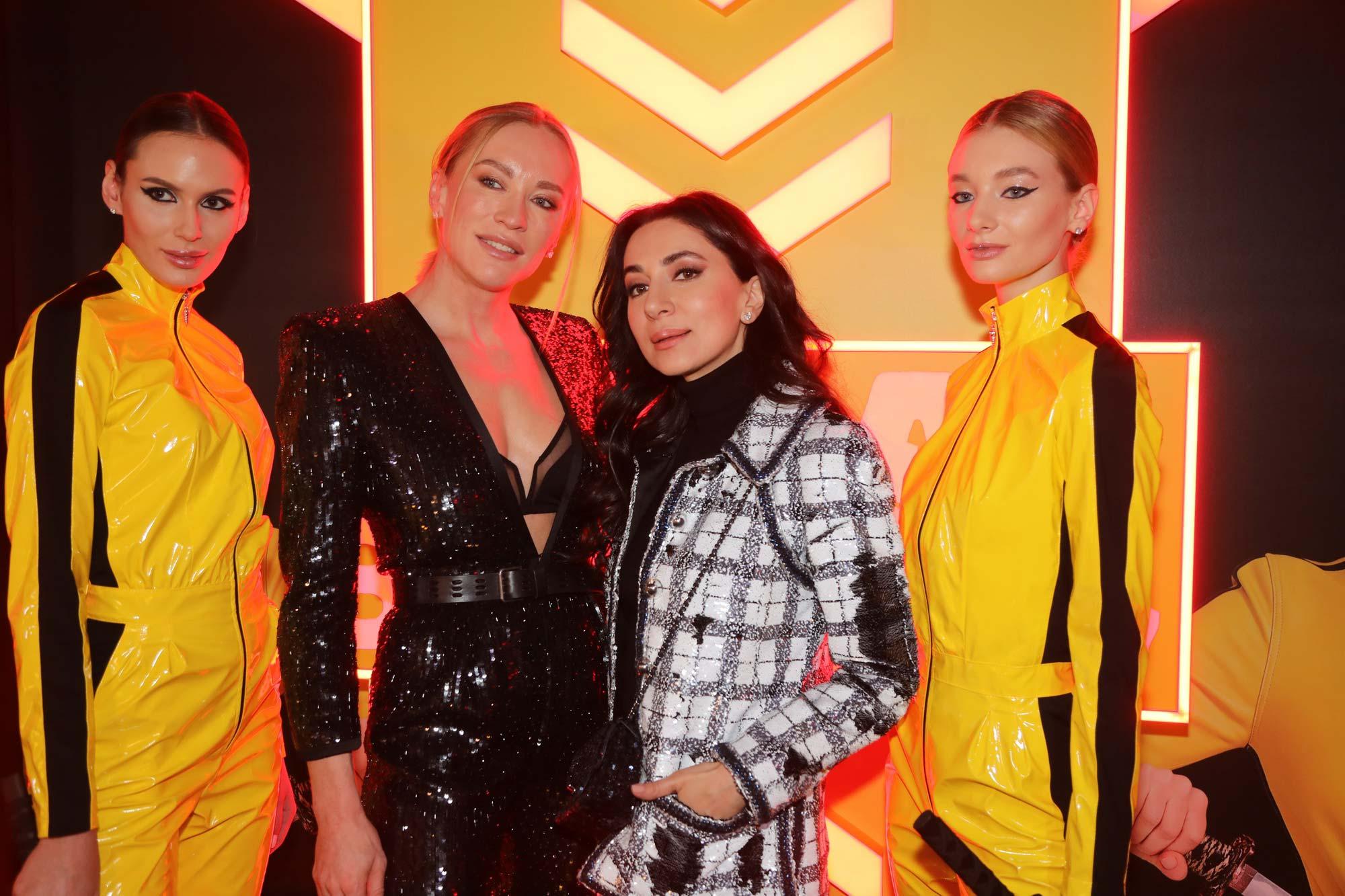 Блогер Тетя Мотя (Наташа Давыдова) дебютировала на канале «Ю» в реалити-шоу «Битва за тело»