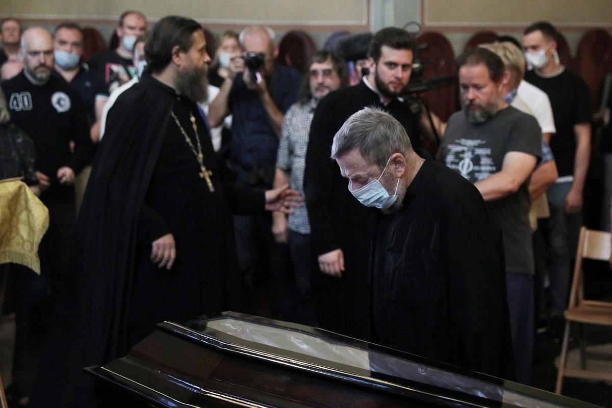 Похороны Петра Мамонова. Фото: Александр Щербак/ТАСС