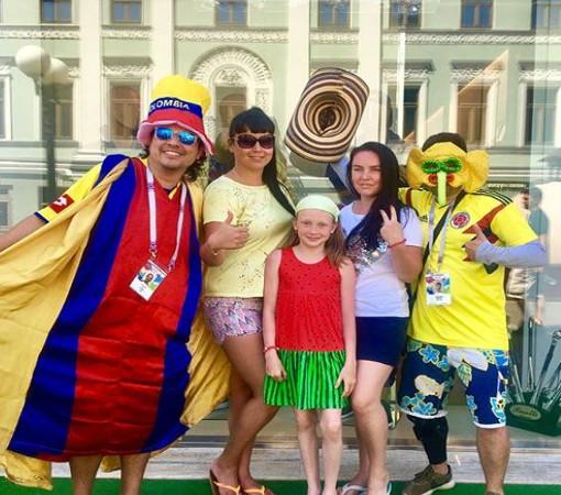 Иностранные футбольные фанаты заполонили Россию