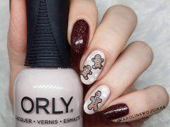 Новогодний дизайн ногтей. Фото: instagram.com/karolinawojcik86