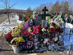 Могила Юлии Началовой на Троекуровском кладбище. Фото: Руслан Вороной