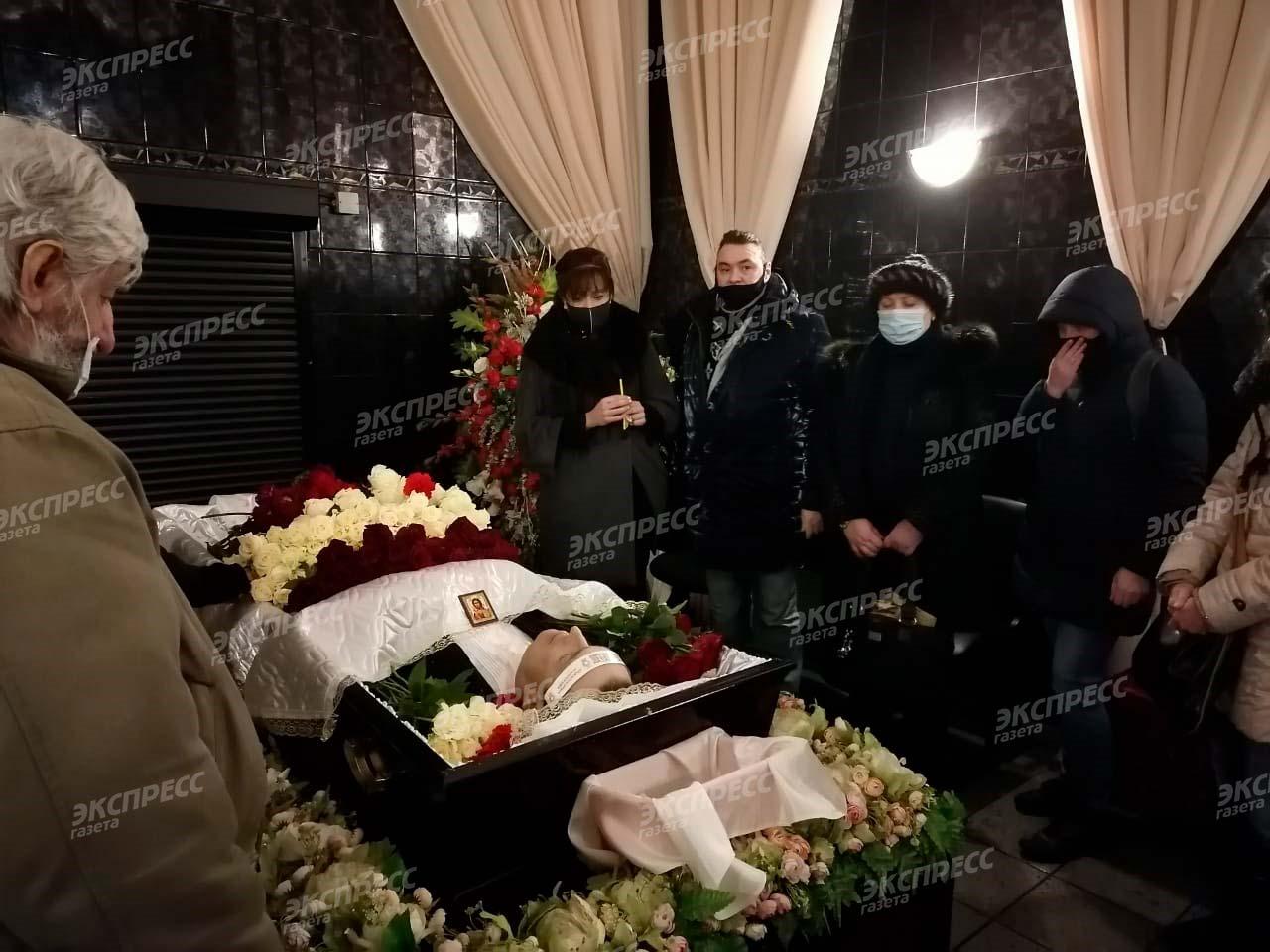 Александра Богдановича помянули близкие