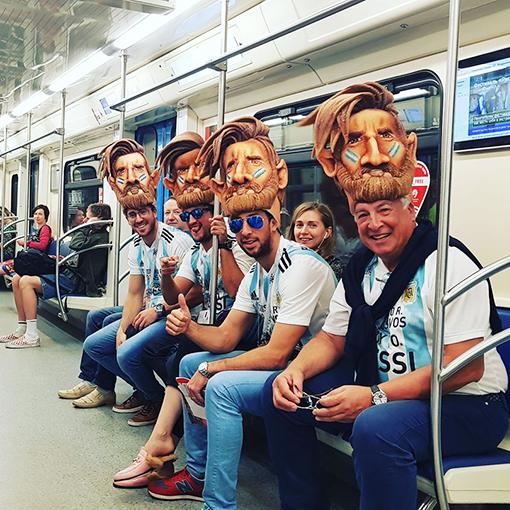 Лионель Месси в метро
