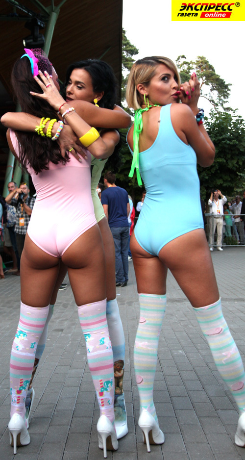 Лесби шоу онлайн 27 фотография