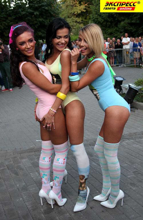 Лесби шоу онлайн 26 фотография