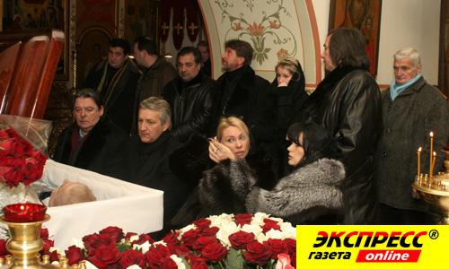 похорон абдулов фото