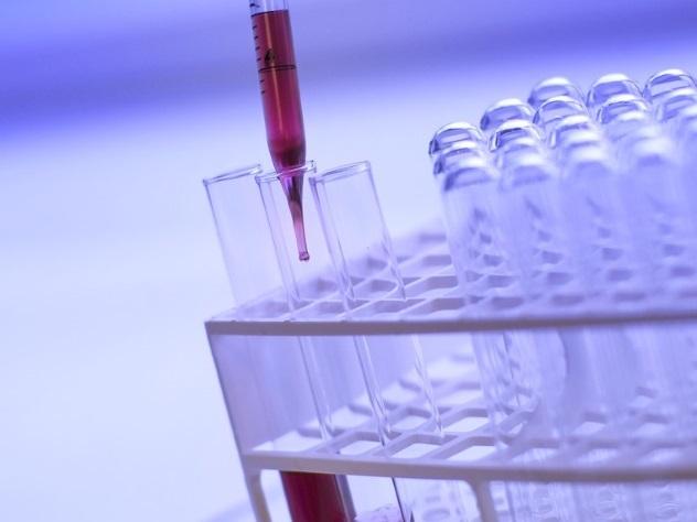 Ученые разработали препарат, блокирующий передачу ВИЧ половым путем