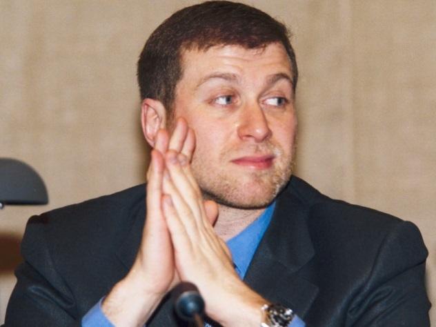 Абрамович и Гуцериев попали в один рейтинг с ЛюдовикомXVI