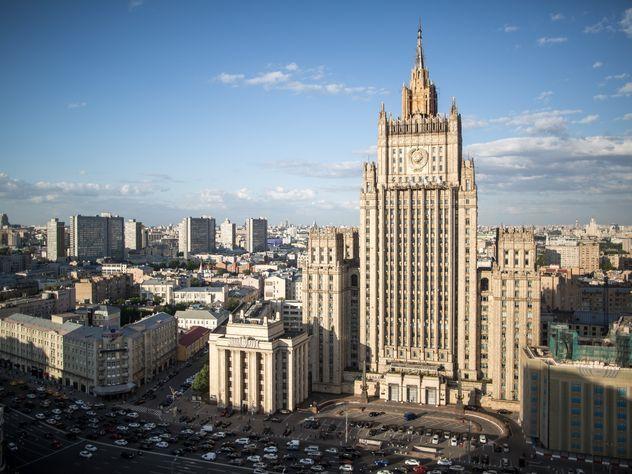 МИД РФ: Нас санкциями не взять