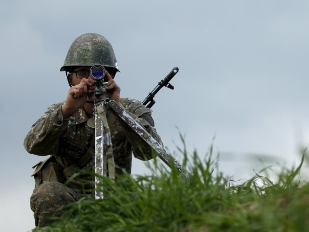 Карабах обвинил Азербайджан в«снайперском беспределе»— Огонь напоражение