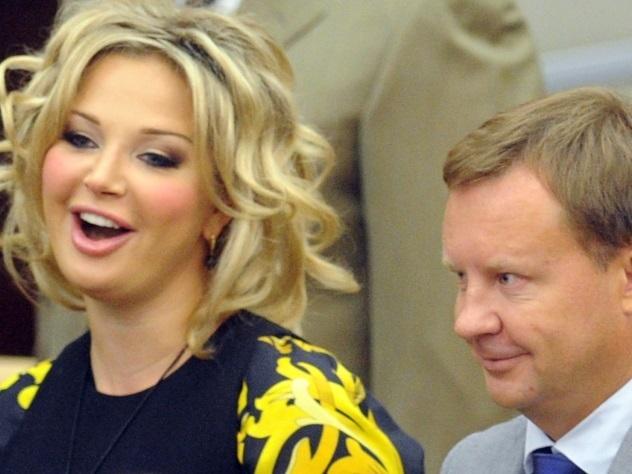 Стали известны детали расследования смерти беглого мужа Максаковой