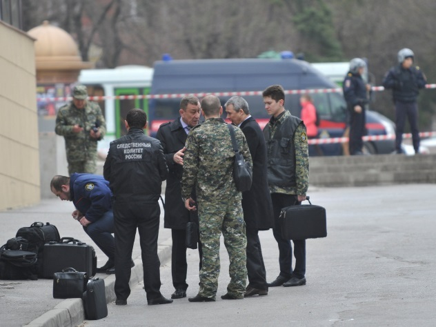 В Сети опубликовано видео взрыва у школы в Ростове