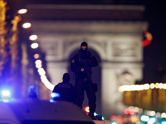 Спецслужбы Франции могли знать о нападавшем на полицейских