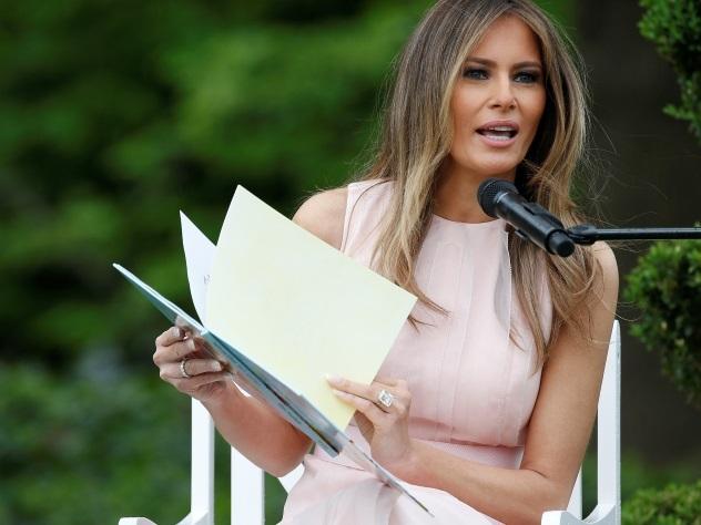 Мелания Трамп подогрела слухи о разводе с миллиардером