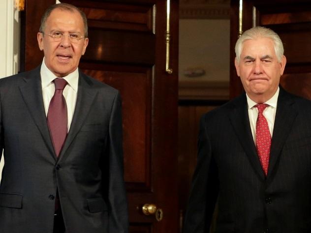 Украину попросили подождать в коридоре на переговорах Трампа с Лавровым