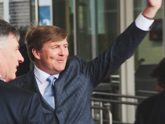 Голландский король тайно пилотирует пассажирские самолеты