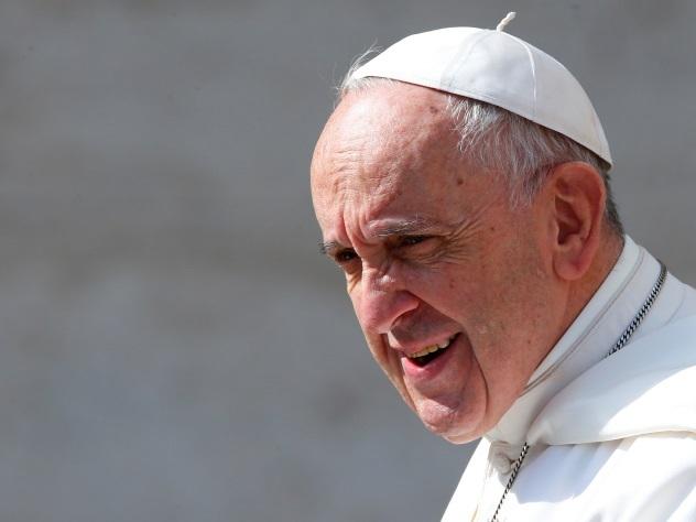 Папа римский вызвал на ковер украинского посла из-за церковных законов