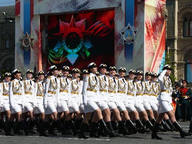 Военно служашие девки в мини юбки фото 637-537