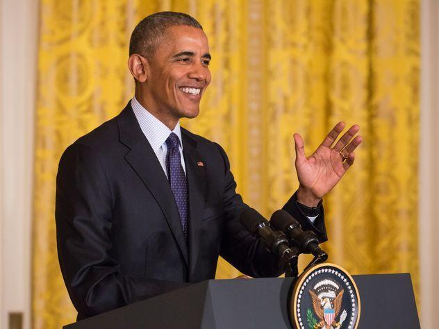 Обама пошутил впроцессе заявления омюнхенской трагедии