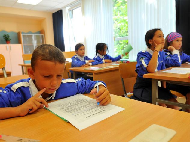 министр образования главная задача забота учителях