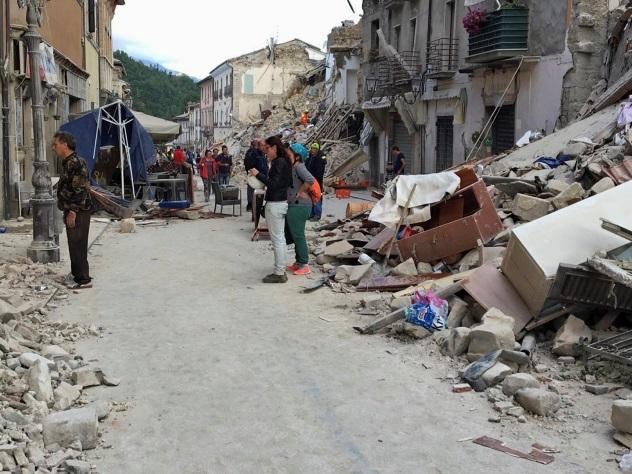 ВИталии в итоге землетрясения погибло 38 человек