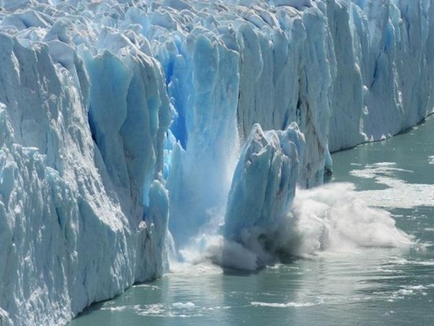 Отледника Ларсен Сможет отколоться немалый айсберг