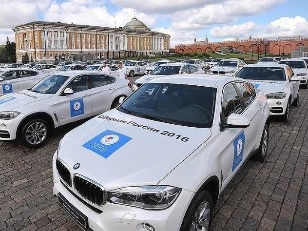 В РФ олимпийская чемпионка продала подаренный БМВ X6 прямо устен Кремля