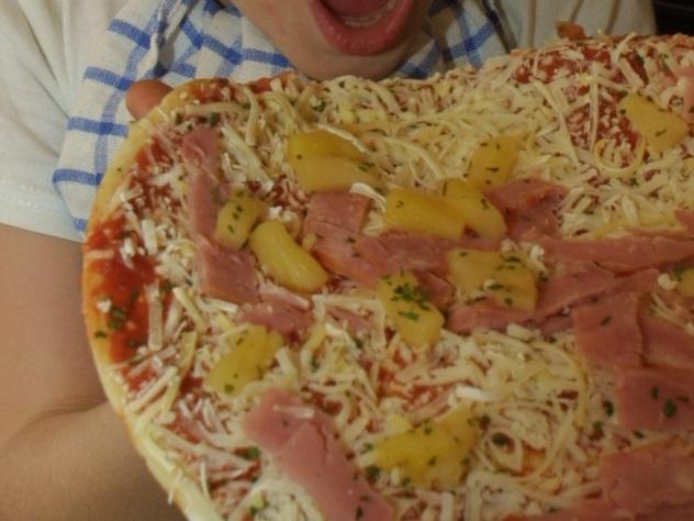 Заключенный вОренбурге «заработал» неменее 80 тыс. руб. наразносчиках пиццы