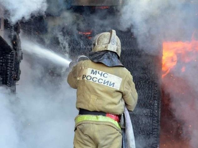 Пожар вскладском помещении навостоке столицы локализован