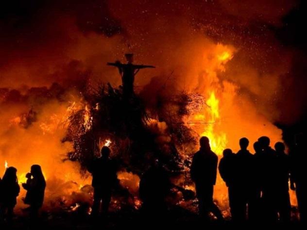 Обвиненную в колдовстве пожилую перуанку заживо сожгли на костре