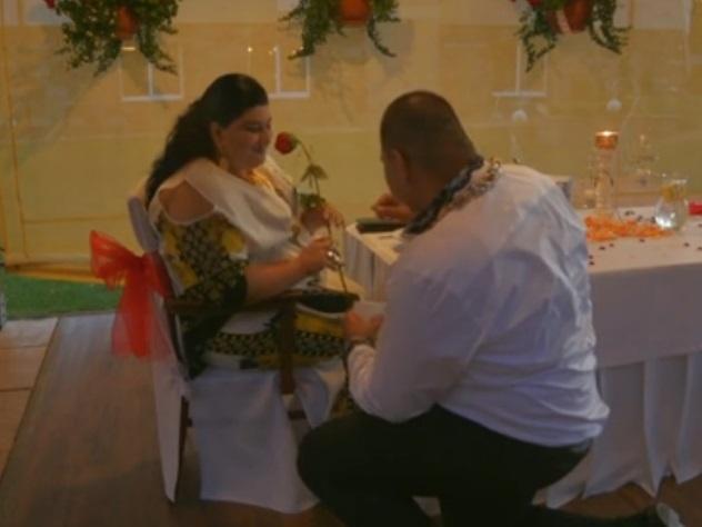 Дождь иззолота икупюры в500евро— Свадьба по-цыгански