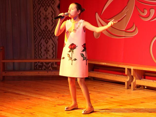Дочь Волочковой спела у Бабкиной
