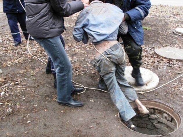 Вволгоградском поселке туалет убил троих мужчин