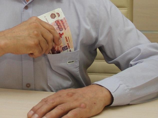 ВИнгушетии бухгалтера сельской школы обвиняют вхищении неменее 19 млн руб.