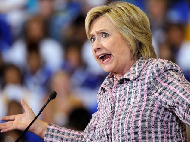 Мишель Обама назвала Хиллари Клинтон собственной девочкой