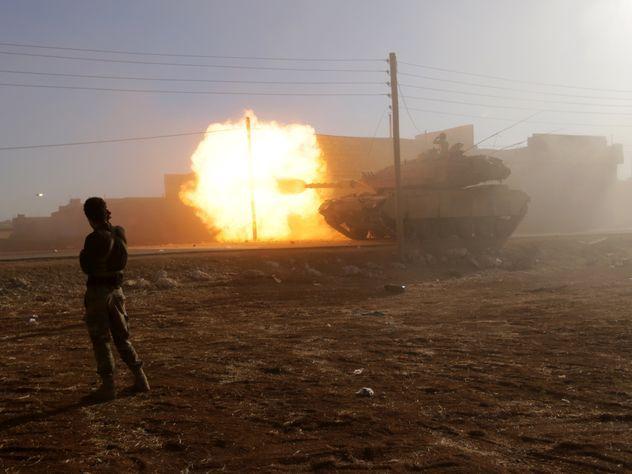Т-90 против «Абрамса»: американские танки доказали свою непригодность вСирии
