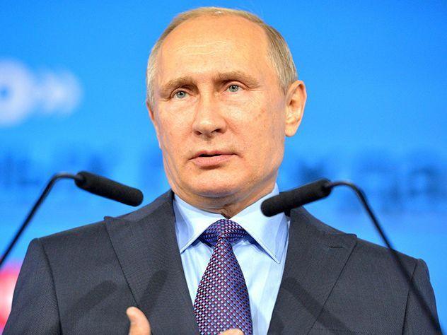 Путин пообещал поддержать русский автопром в 2017г