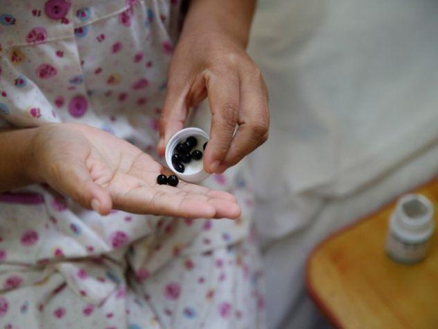 Минздрав предлагает включить вОМС лекарственное страхование