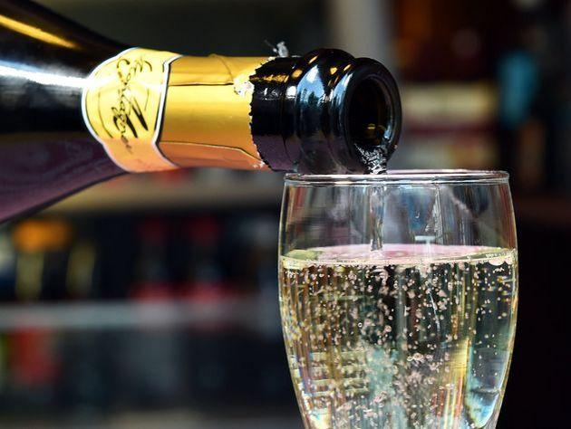 Акцизы взвинтят цены нароссийское шампанское