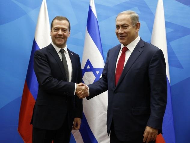 ВИзраиле вокруг подарка Медведеву разгорелся скандал