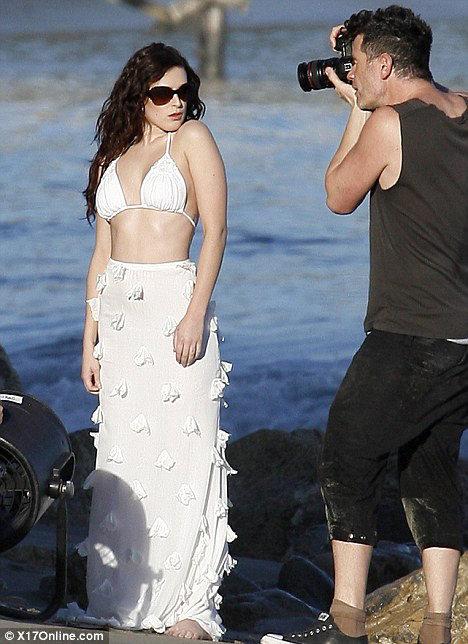 Румер УИЛЛИС позировала в бикини на пляже в Малибу. Фото: Daily Mail