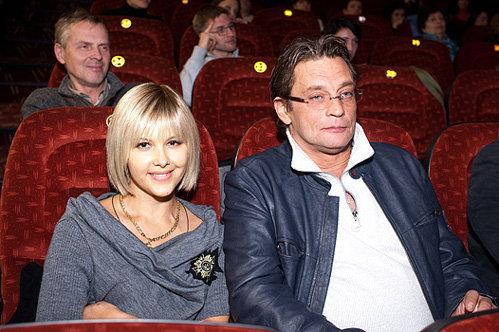 Александр ДОМОГАРОВ с Ларисой ЧЕРНИКОВОЙ - фото spletnik.ru
