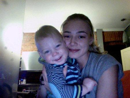 Оксана АКИНЬШИНА выложила в сеть фотографии своего полуторагодовалого сына Филлипа