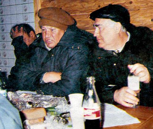 Заседания ельцинского правительства во главе с Виктором ЧЕРНОМЫРДИНЫМ частенько проходили в бане или на рыбалке