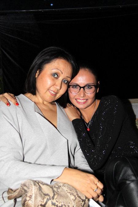 Лайсан УТЯШЕВА с мамой