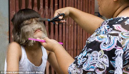 Голі волосаті дівчата фото