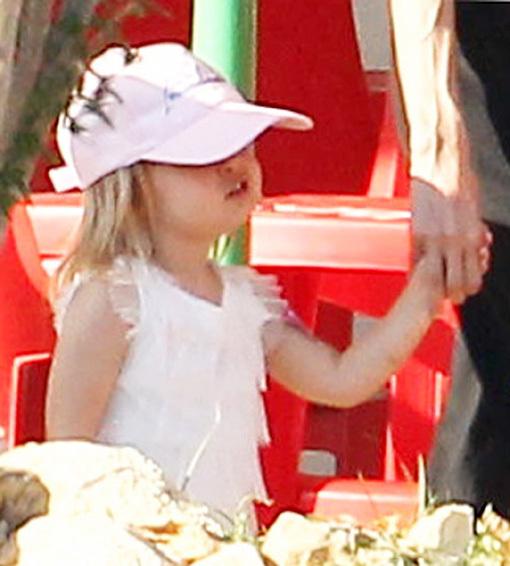 Малышка Вивьен — настоящая голливудская принцесса