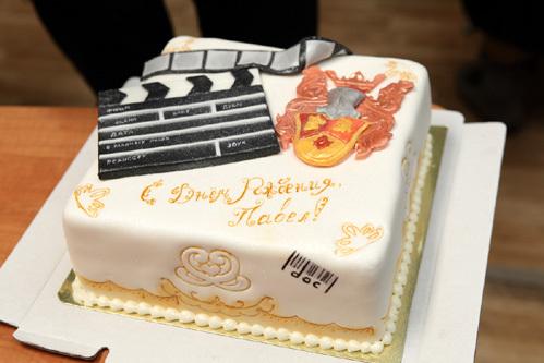 Актеру с днем рождения поздравление