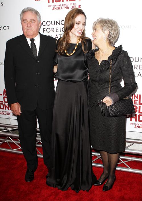 На красной ковровой дорожке Анджелина и Джейн выглядели, как лучшие подружки